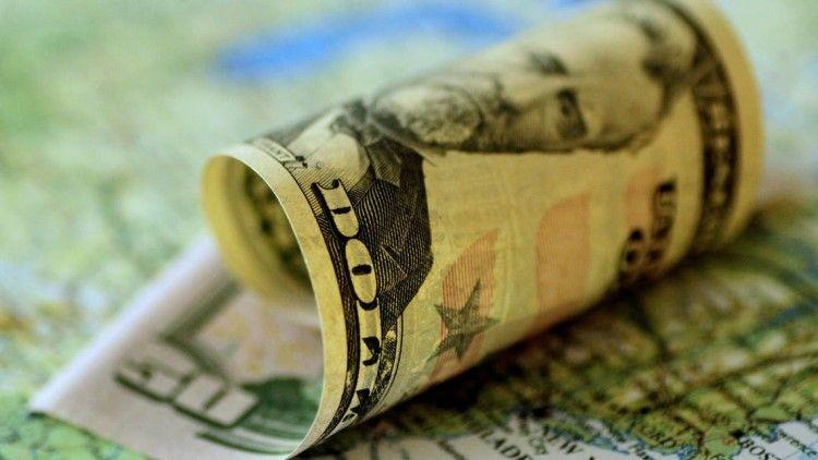 关键通胀数据公布前美元走软