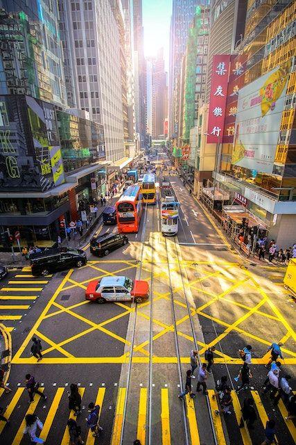 港媒:香港所有银行暂停营业