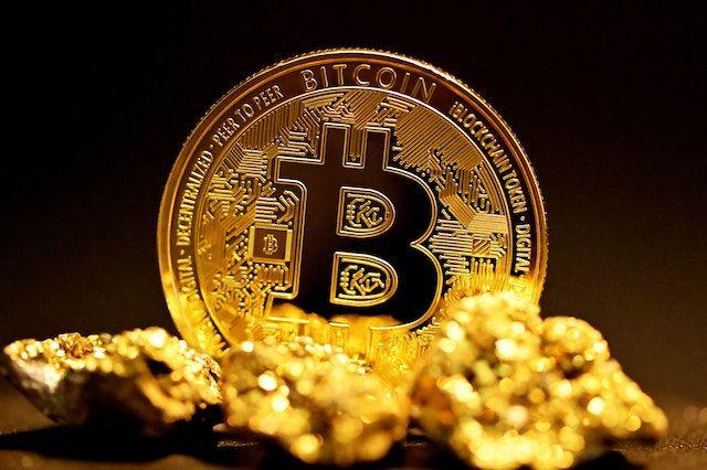 比特币正在取代黄金!五年内有望达到25万美元